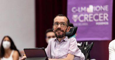 Echenique dejaría su puesto en Podemos y abandonaría la política