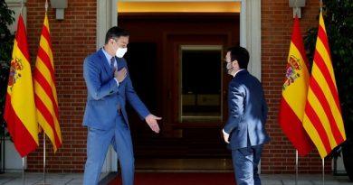 El Gobierno dará 1.700 millones a Cataluña para convertir El Prat en un hub internacional